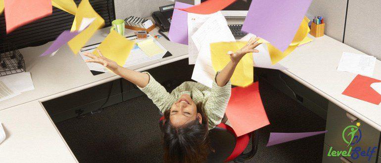 Как уволиться с работы грамотно и красиво: пошаговое руководство