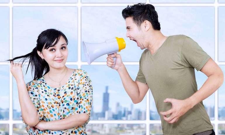 Как можно унизить, оскорбить человека без мата умными словами: фразы, выражения. Как можно ответить человеку на оскорбление, обиду, хамство умными словами?
