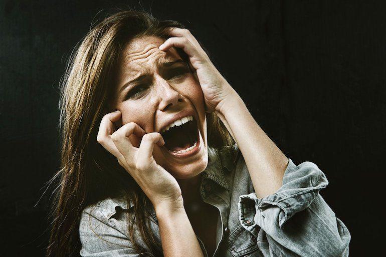 Полный список негативных эмоций человека с описанием + советы по их распознаванию