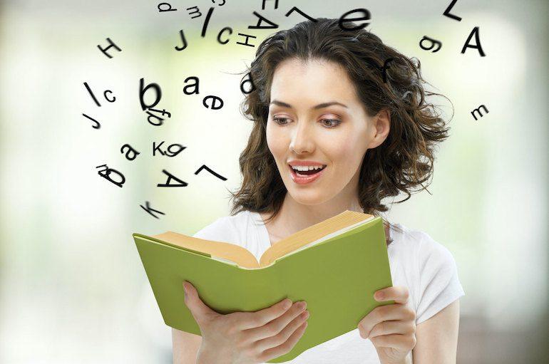 Девушка тренирует память
