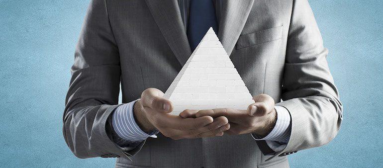 Пирамида Дилтса: как пользоваться моделью логических уровней