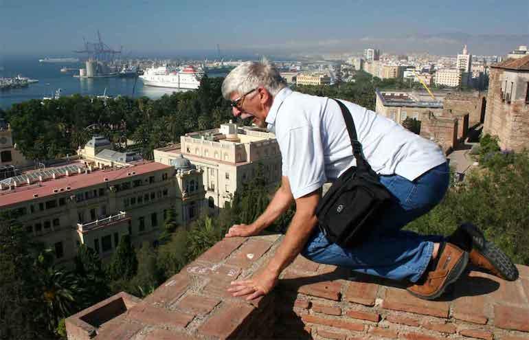 У мужчины боязнь высоты